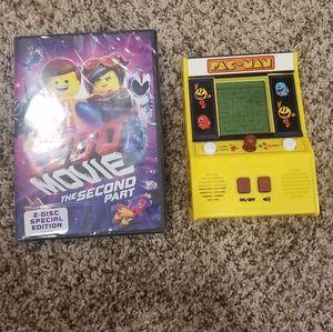 Handheld PAC-MAN game/ LEGO MOVIE 2💛